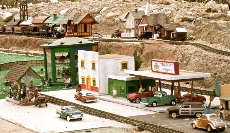 Tiny Town, Living Desert.