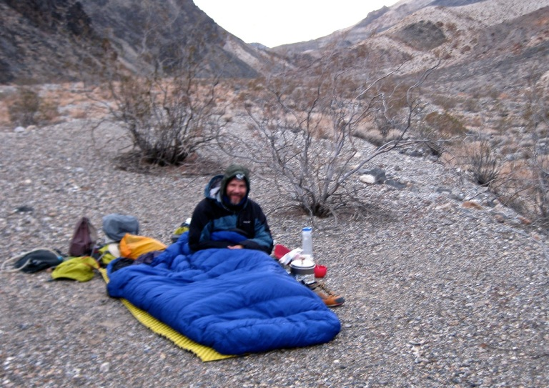 Inaugural voyage of the super-light-and-warm Feathered Friends double sleeping bag. Perfect spot for a 5-course dinner: Course 1: A nice lemon-lime Gatorade of obscure vintage Course 2: Cheddar + garlic appetizer Course 3: Bean + rice consommé (which was consommé'd) Course 4: Beans + rice seasoned with cheese and spices Course 5: Homemade chocolate chip-oat-pecan cookies of recent vintage